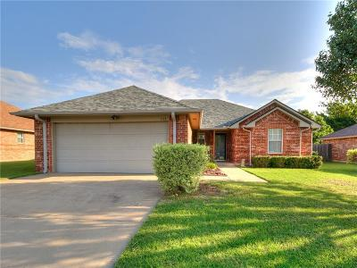 McClain County Single Family Home For Sale: 333 NE 9 Place
