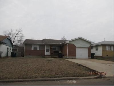 Midwest City Single Family Home For Sale: 828 W Rulane