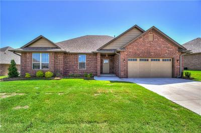 Shawnee Single Family Home For Sale: 2701 Somerset Drive