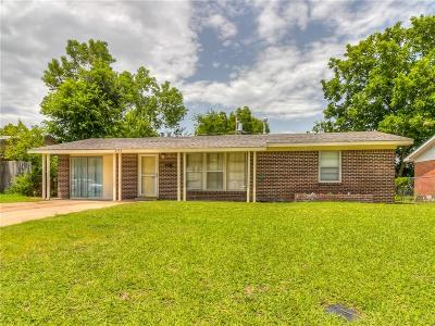 Oklahoma City Single Family Home For Sale: 2733 SW 46th Place