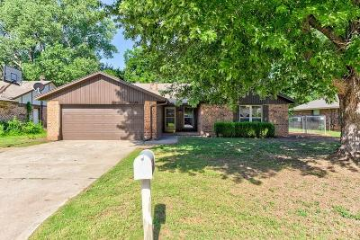 Midwest City Single Family Home For Sale: 3129 Del Rey Drive