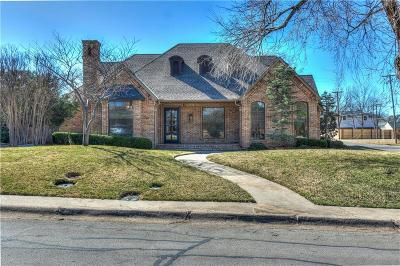 Oklahoma County Single Family Home For Sale: 1834 Drakestone