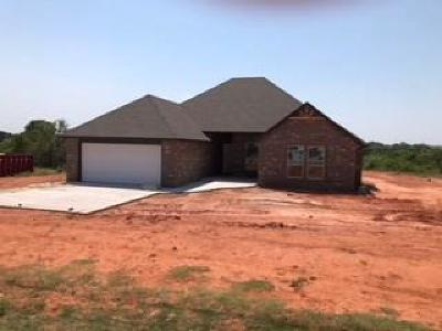 Blanchard OK Single Family Home Sold: $184,900