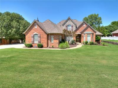 Midwest City Single Family Home For Sale: 12815 Glen Aerie Road