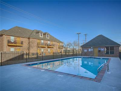Norman Condo/Townhouse For Sale: 1812 Alameda Street #412