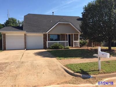Moore Single Family Home For Sale: 1605 SE 5th Street