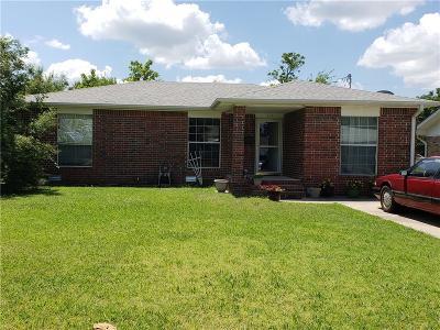 Tecumseh Single Family Home For Sale: 604 E Locust