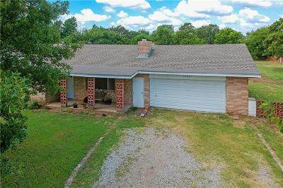 Harrah OK Single Family Home For Sale: $146,000