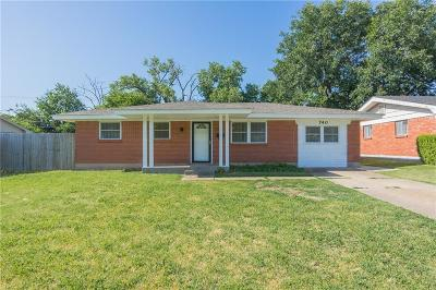 Moore Single Family Home For Sale: 740 SW 4th Place