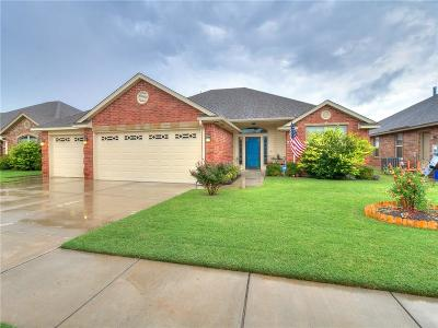 Moore Single Family Home For Sale: 9109 Lolly Lane