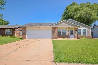 Moore Single Family Home For Sale: 1501 NE 5th Street