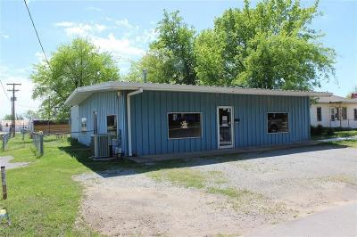 Lincoln County Commercial For Sale: 702 W 4th Street