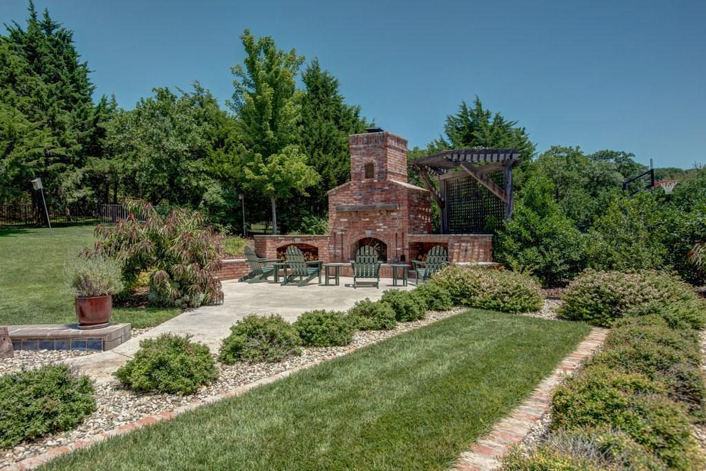 10800 Pond Meadow Drive, Edmond, OK.| MLS# 831378 | Prime Realty Luxury  Homes | (405) 213 7839 | Oklahoma City OK Homes For Sale