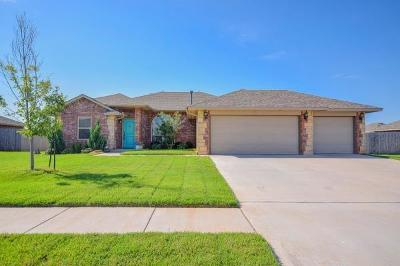Chickasha Single Family Home For Sale: 911 Lazywood