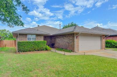 Purcell Single Family Home For Sale: 1105 Southridge Drive
