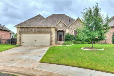 Edmond Single Family Home For Sale: 720 Dunes Circle