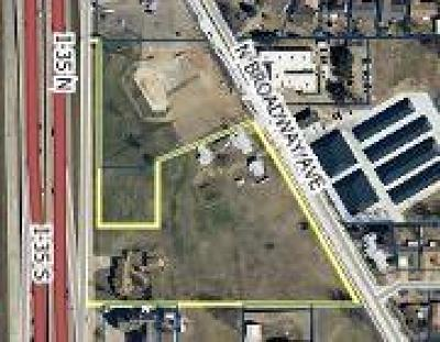 Commercial For Sale: 1600 N Moore Avenue