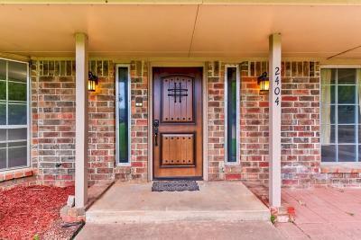 Edmond Single Family Home For Sale: 2404 Chimney Hill Court