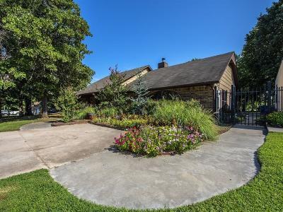 Jones Single Family Home For Sale: 12908 Jones Station