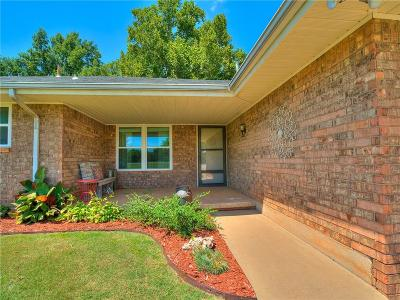 Mustang Single Family Home For Sale: 631 S Clear Springs Road