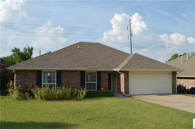 Choctaw Single Family Home For Sale: 14440 Timberdale