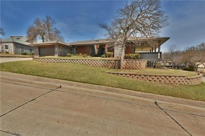 Edmond Single Family Home For Sale: 811 Sunny Brook Court