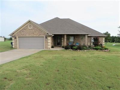 Single Family Home For Sale: 726 County Road 1350