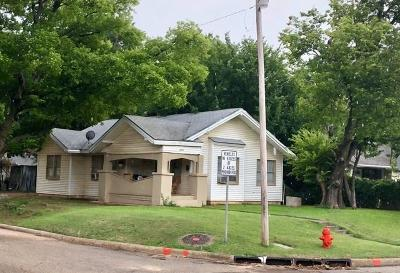Oklahoma City Single Family Home For Sale: 2800 NW 12th Street