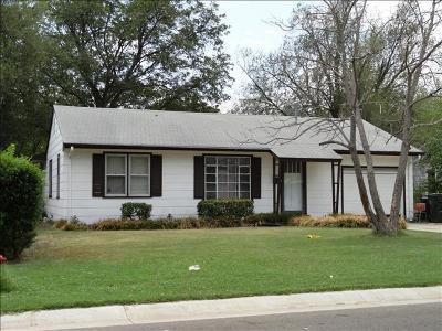 Norman Single Family Home For Sale: 100 Haddock