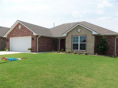 Shawnee Single Family Home For Sale: 2232 Whispering Pine