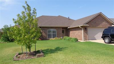 Altus Single Family Home For Sale: 1817 Foxtail Circle