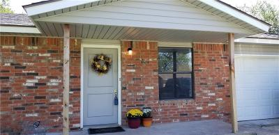 Noble Single Family Home For Sale: 712 Holsey