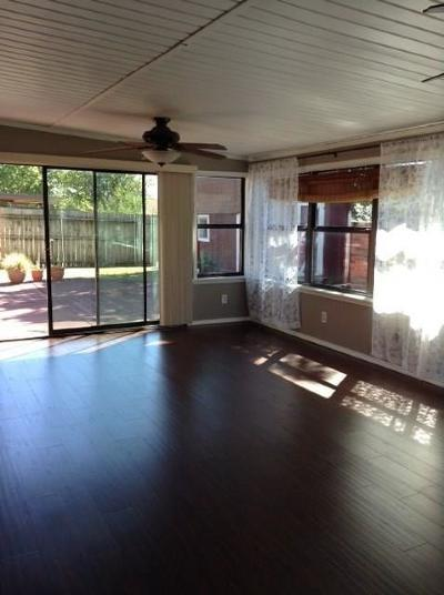 Moore Single Family Home For Sale: 1609 Smoking Tree