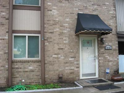 Oklahoma City OK Condo/Townhouse For Sale: $102,000