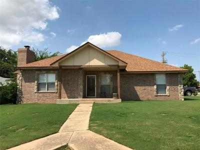 Moore Single Family Home For Sale: 1345 NE 20th Place