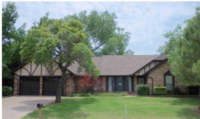 Edmond Single Family Home For Sale: 1216 Cedar Ridge