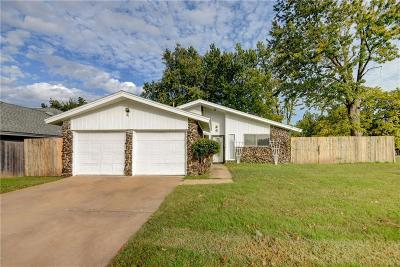 Bethany Single Family Home For Sale: 3700 N Bryan Avenue