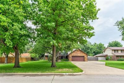 Bethany Single Family Home For Sale: 7613 NW 39th Street