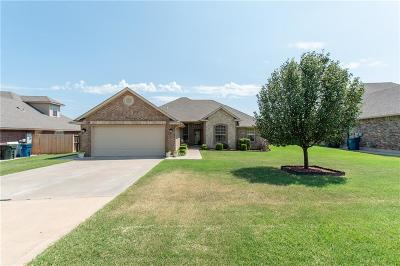 Midwest City Single Family Home For Sale: 10924 Blue Sky Drive