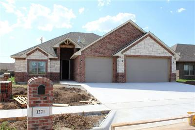 Single Family Home For Sale: 1221 Dustbowl Lane