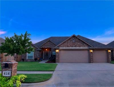 Moore Single Family Home For Sale: 616 SW 28th