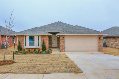 Midwest City Single Family Home For Sale: 2504 Snapper Lane