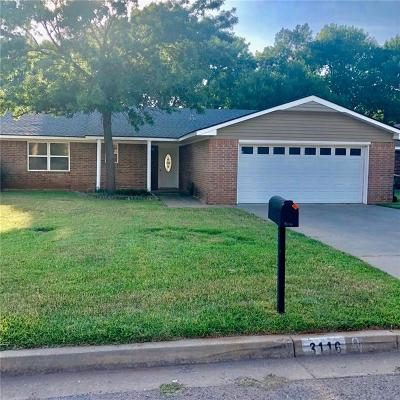 Chickasha Single Family Home For Sale: 3116 Glenwood Drive