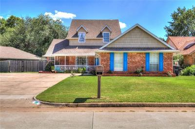 Moore Single Family Home For Sale: 132 SE 27th Street