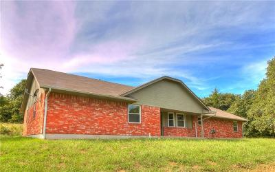 Oklahoma City Single Family Home For Sale: 11421 S Hiwassee