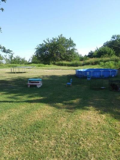 Shawnee Single Family Home For Sale: 40800 Garretts Lake Road
