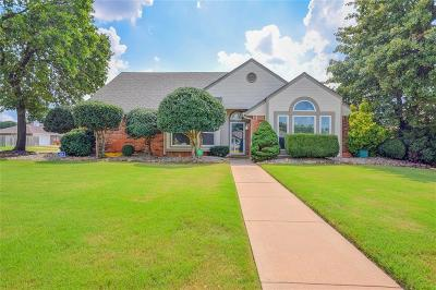 Oklahoma County Single Family Home For Sale: 10528 Honeysuckle Lane