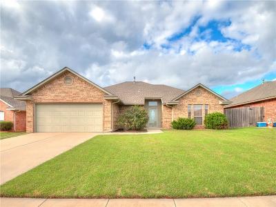 Moore Single Family Home For Sale: 1801 NE 34 Street