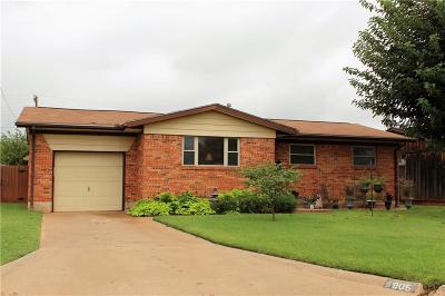 Altus Single Family Home For Sale: 905 Denise