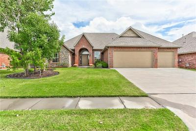 Norman Single Family Home For Sale: 613 Summit Bend